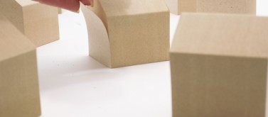 IE-TAGs – post-its from wasted wood