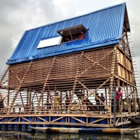 alt MAKOKO Floating School